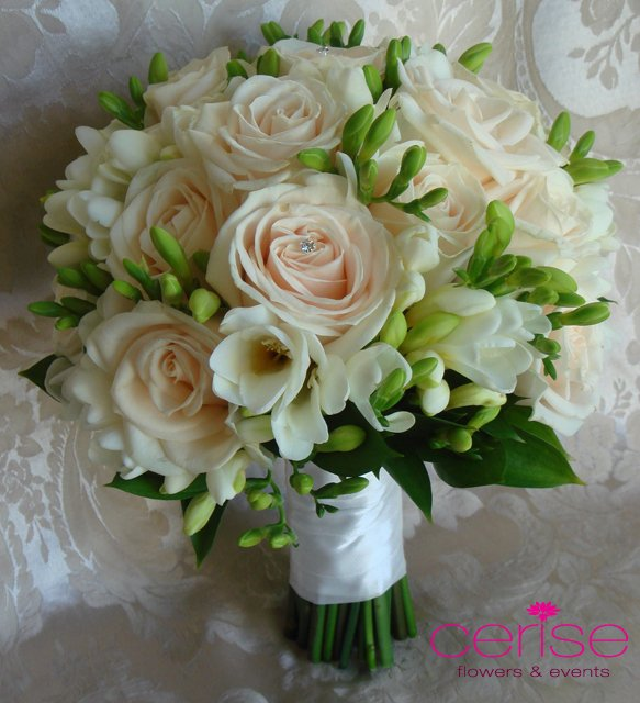 Pictures Of Wedding Party Flowers : Bridal party flowers cerise events wedding