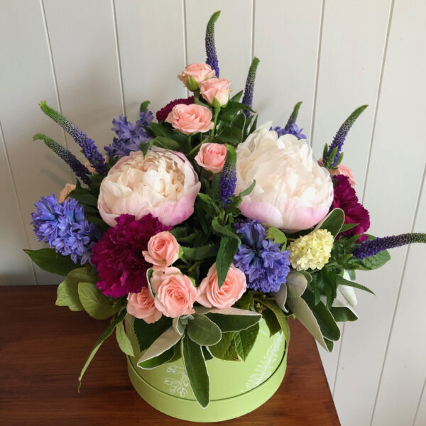 Cerise Flowers Tramore Hatbox Bouquet Delivery Waterford Hatbox2