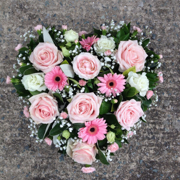 Funeral flowers Tramore Waterford heart florist tramore cerise flowers (8)