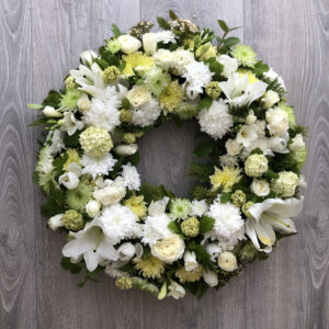 Funeral wreath Tramore Waterford flowers florist tramore cerise flowers (2)